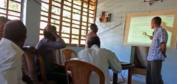 Jim-Andrews-and-Dr-Appukutan-RBf-workshop-with-fishers
