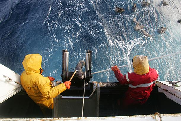 Rencontre avec les pêcheurs de légine australe de ...